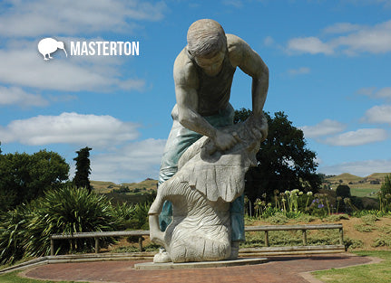 MWG257 - Masterton - Shears Statue - Magnet - Postcards NZ Ltd