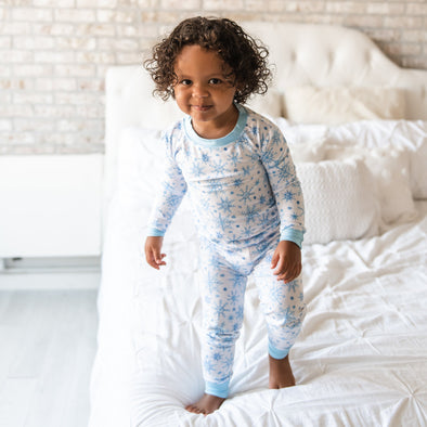 Snowflakes Two-Piece Bamboo Viscose Pajama Set