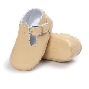 Vintage Style Baby Shoes With Cute Buckle