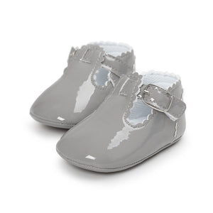 Vintage design Baby Shoes With Cute Buckle