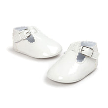 Load image into Gallery viewer, Vintage Style Baby Shoes With Cute Buckle