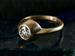 EB Grey Diamond Stirrup Ring