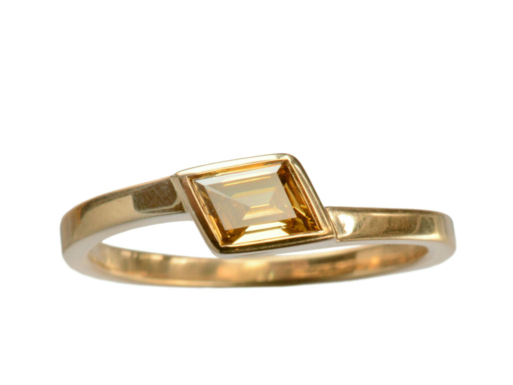 EB 0.41ct Yellow-Brown Rhomboid Diamond Ring