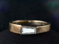 EB 0.45ct Tapered Diamond Ring