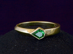 EB Emerald Kite Ring