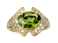 1950s Peridot & Diamond Ring