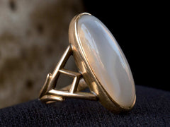 1920s White Agate Ring