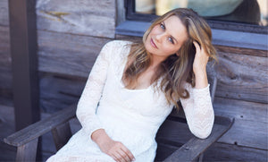 ALICIA SILVERSTONE'S VERY GREEN BEAUTY ROUTINE
