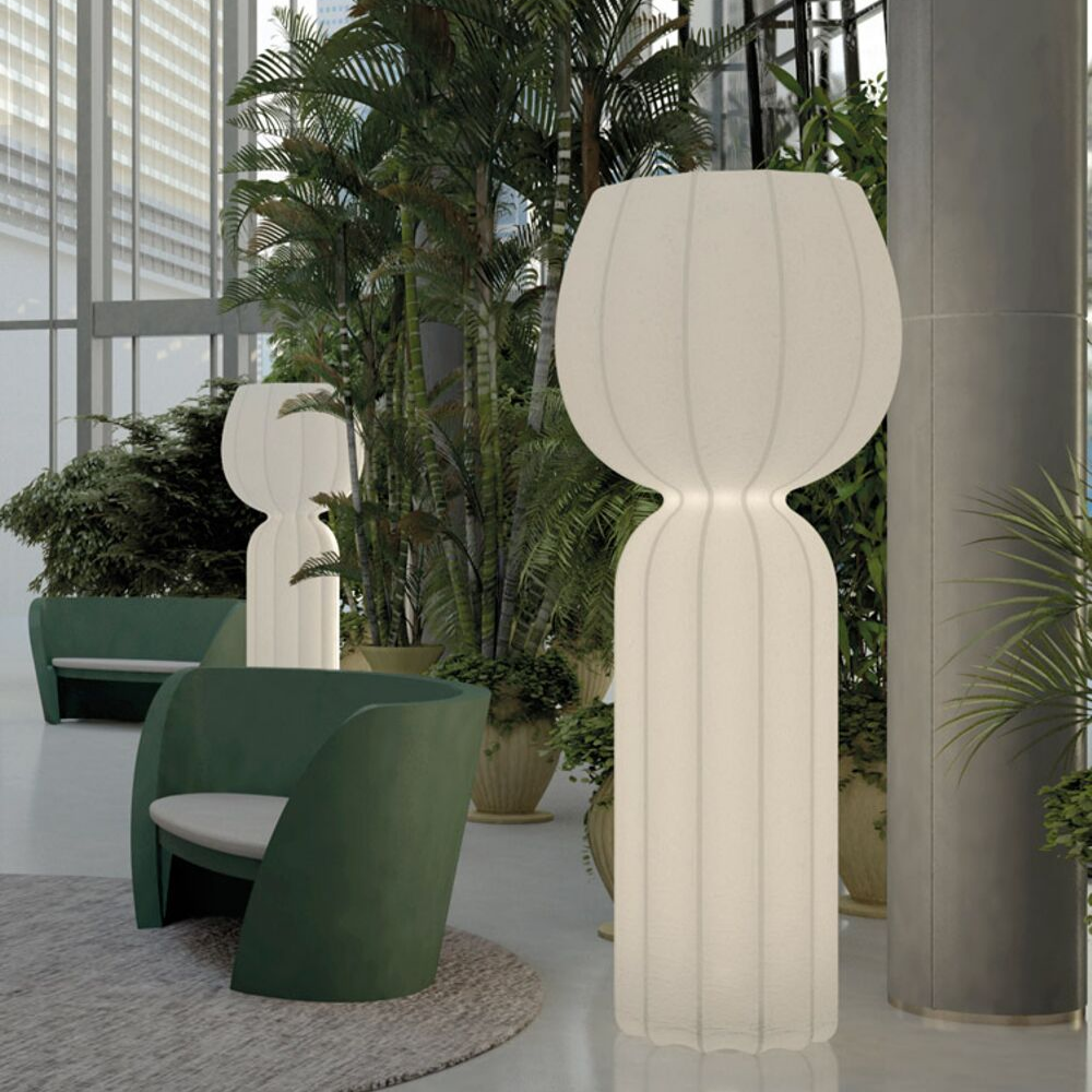 Cucun floor lamp