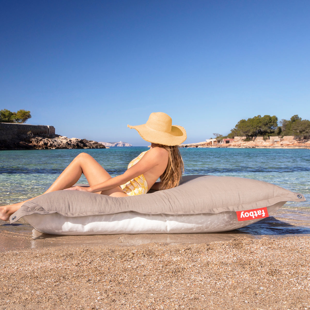 floatzac floating bean bag