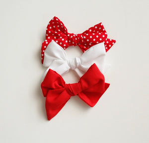 'All I want for Christmas' bow set
