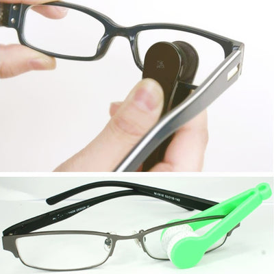 Portable glasses cleaning brush
