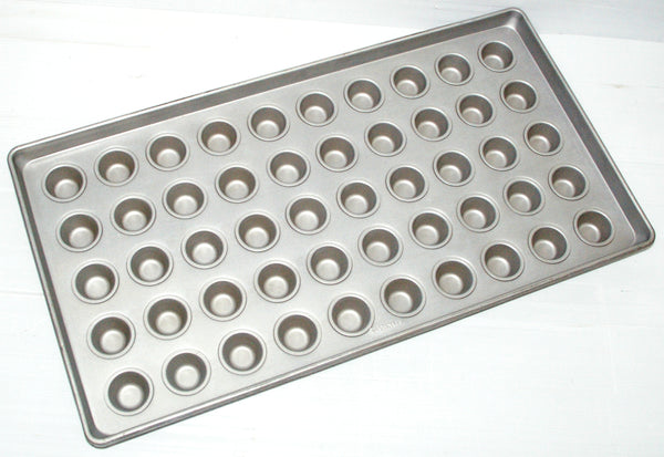 M50 (16˝) Muffin Cup Trays (Small Cup)