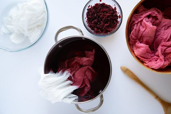 Making natural dye for tie and dye