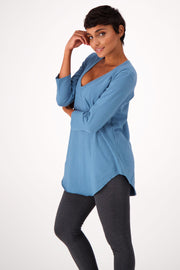 The Relaxed ¾ Sleeve V-neck - The Good Tee