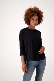 sustainable black long sleeve t-shirt