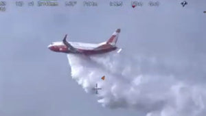 Modified Boeing 737 used to fight wildfire for first time