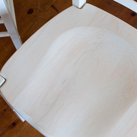 Topsail white-wash finish close-up on dished chair seat