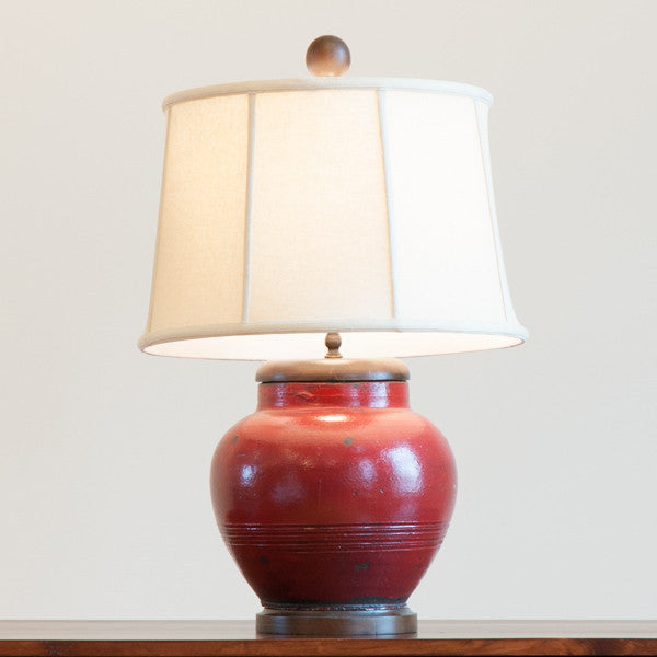 Belle Pottery Lamp in Red