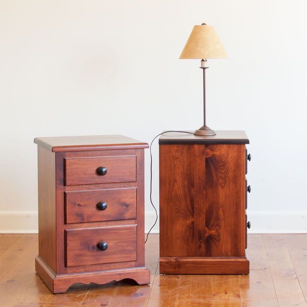 Cassidy Nightstand in Antique Cherry