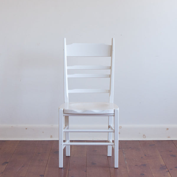 Shelton Chair in Clarence White with Topsail White-Wash