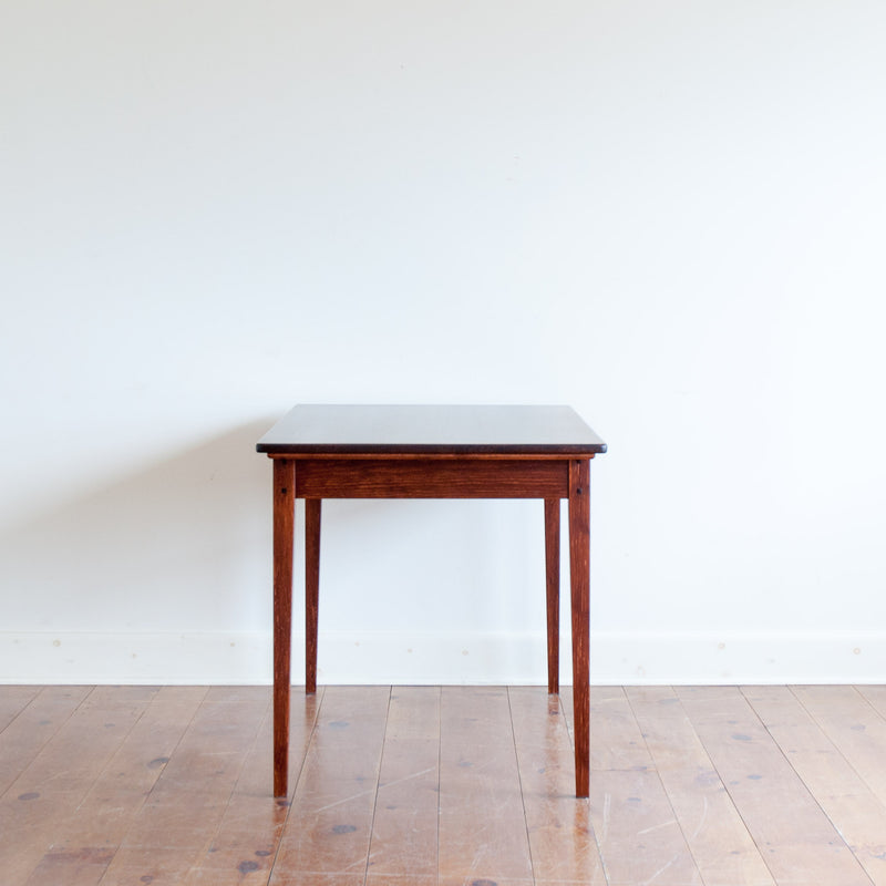 Helen table in antique cherry, profile view
