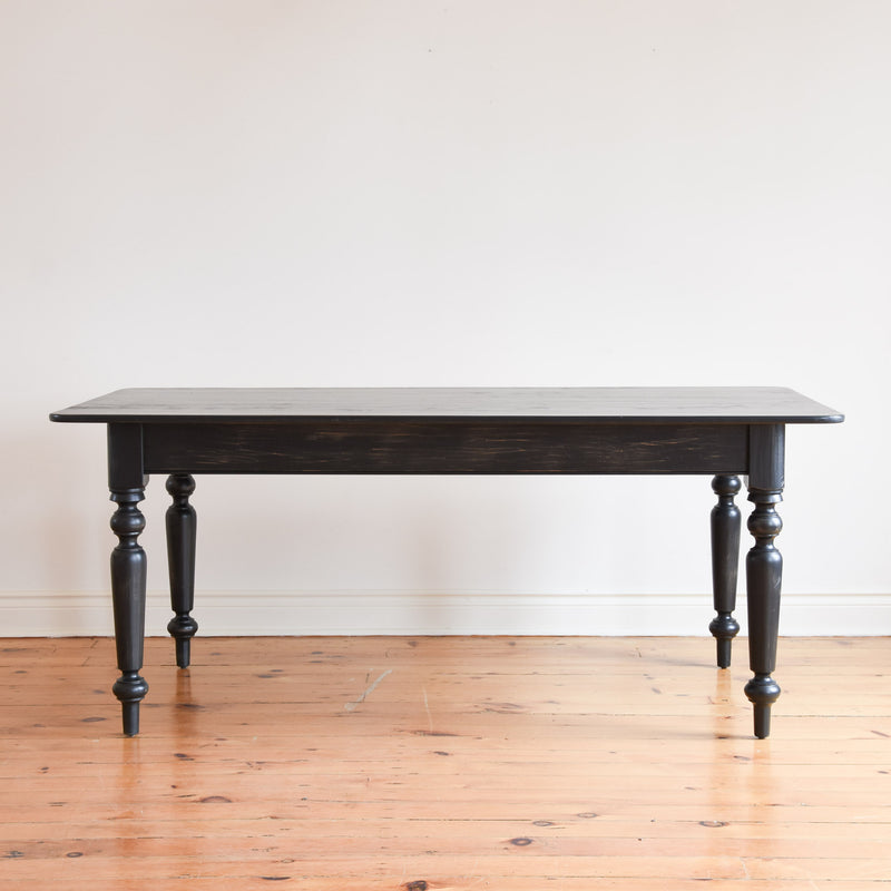 Hillsdale Table in Charcoal