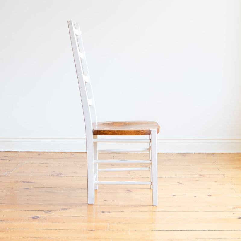 Jennifer Chair in Antique White and Williams