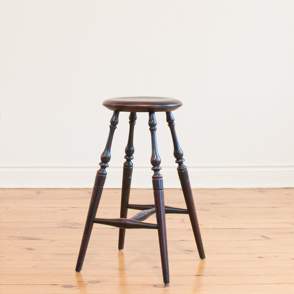 "24"" Windsor Stool in Vintage Black/Red"