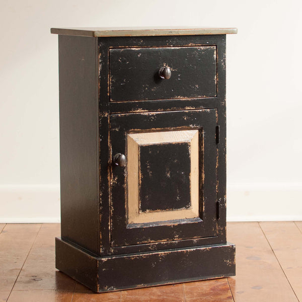 Rustic Side Table in Black/Green/Husk