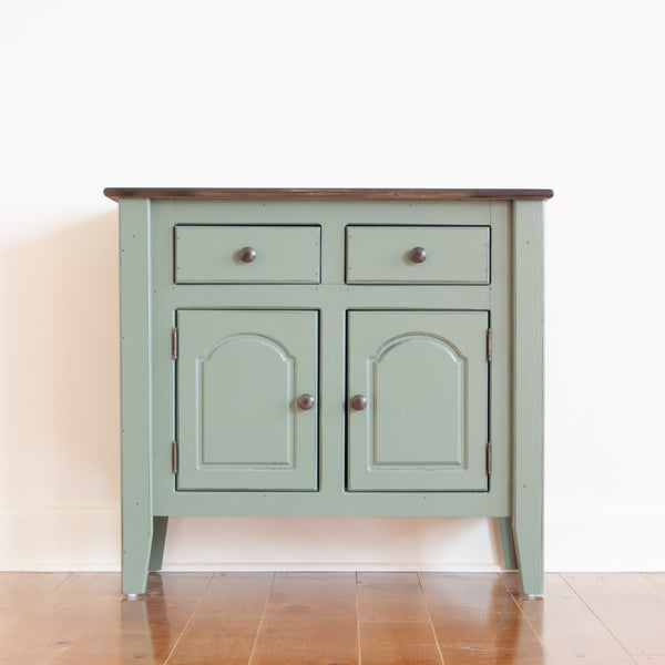 Small Standard Buffet in Pear with Huron Dark