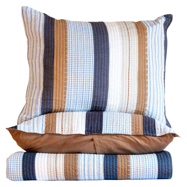 Taylor Quilt in Blue Stripe