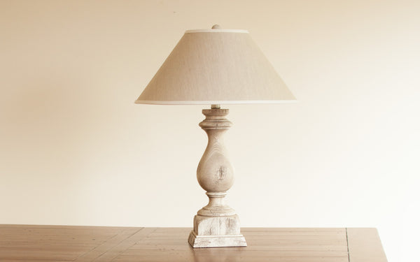 Baluster Table Lamp in Country White