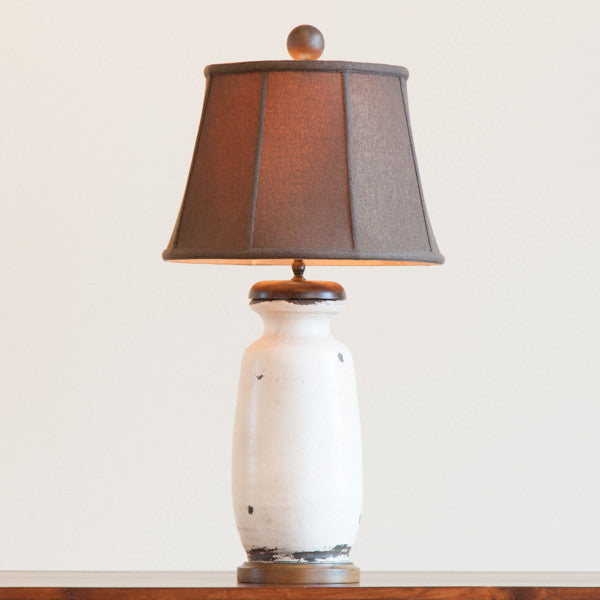 Vista Pottery Lamp in White