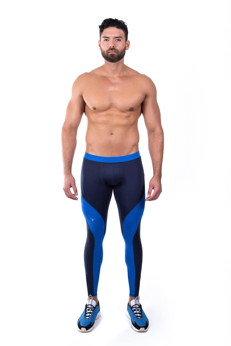 male model wearing navy blue men's leggings