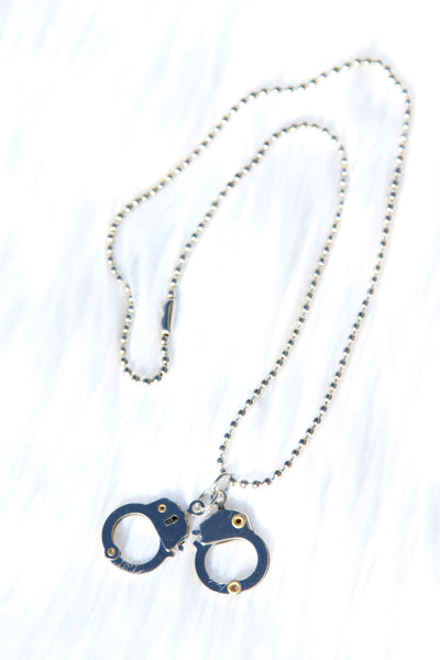 BB CUFFED NECKLACE