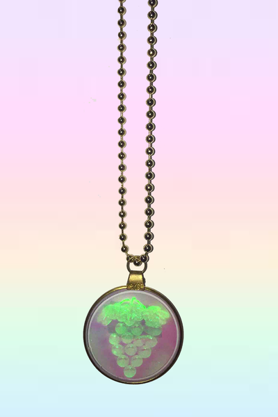THE GOLDEN HOLOGRAM NECKLACE