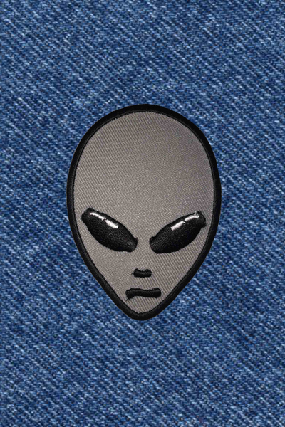 SILVER ALIEN PATCH
