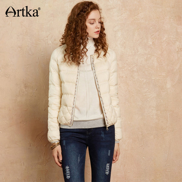 Women's 90% Duck Down Jacket 2020 Winter Warm Parka Quilted Coats Ultra Light Down Jacket Embroidery White Coat DK10174Q