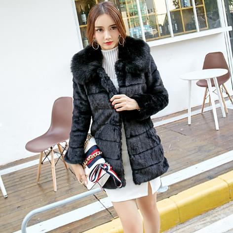 Women faux fur Coats 2018 Winter Warm Black Faux Fox Fur Coats Elegant Women Thicken Fur Collar Feminino Jackets M906