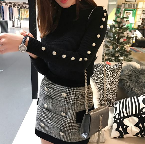 Fall Winter New 2017 Designer Suit Set Women's Long Sleeves Metal Lion Buttons Knitting Pullover Sweater Plaid Skirt Set