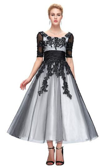 Long Lace Evening Dresses 2018 Elegant Half Sleeve Black White Champagne Formal Dress Ball Evening Gowns Plus Size