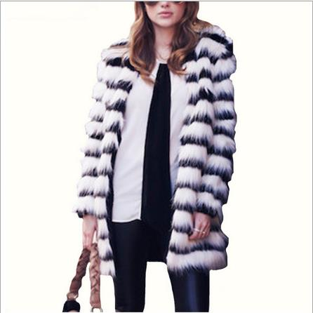 Sexy Women Faux Fur Coat 2020 Winter Knitted Femme Jackets Oversized Outerwear Faux Fox Fur Black White Striped Coats J100