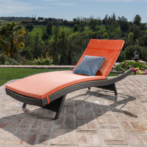 Sagan Outdoor Wicker Lounge With Water Resistant Cushion
