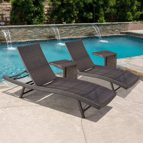 Sagan Lounge With C-Shaped Wicker Table (Set Of 2)
