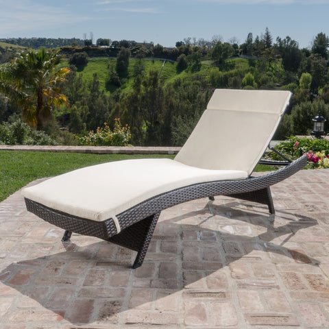 Sagan Outdoor Wicker Adjustable Chaise Lounge With Cushion