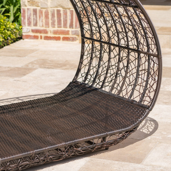 Bell Grande Outdoor Wicker Daybed With Water Resistant Cushion