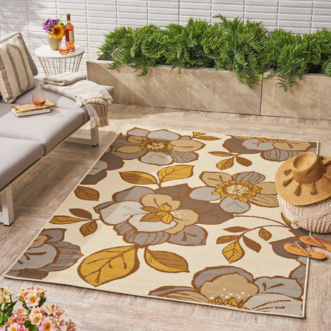 Farlie Indoor/ Outdoor Floral 5 X 8 Area Rug