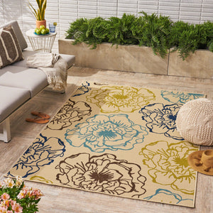 Adilynn Indoor/ Outdoor Floral 5 X 8 Area Rug