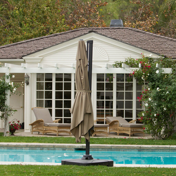Gavi 9.8 Foot Umbrella With Stand